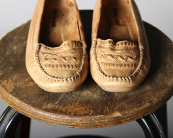 Vintage Minnetonka Moccasins- Flat Slip On Moccasin Brown Tan Beige Navajo Braided Patterned Leather- Size 7