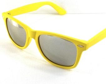 vintage 90s deadstock sunglasses wayfarer lemon yellow plastic frame gold sun glasses eyewear fashion unisex simple classic silver mirror 57