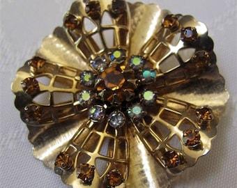 Vintage Gold Tone Coro Brooch