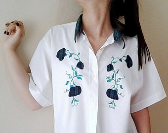 Vintage Cotton Blouse White Women's Shirt Short Sleeve  embellished top with plaid flowers