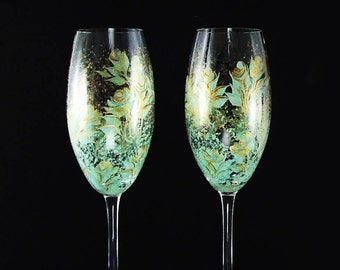 Set of 2 CRYSTAL Personalized Bride and Groom Wedding Toast Flutes - Hand Painted Champagne Flutes - Mint Green and Gold Roses