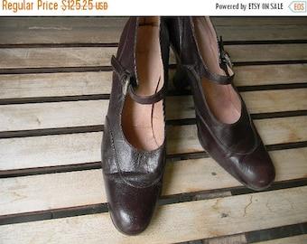 ON SALE vintage.  PRADA Brown Leather 40s Inspired Heels // Size 39 9 Us