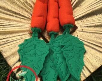 Felt Carrots with Greens Bunch of 3 - Felt Garden Carrot - Felt Play Food for Kids