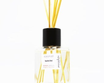 Reed Diffuser Oil - Vanilla Chai Room Diffuser Oil Square Vase, Natural Dyed Reeds