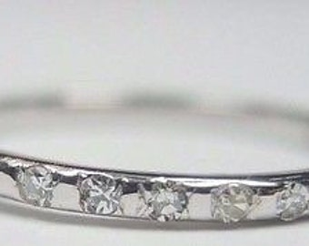 Antique Art Deco Diamond White Gold Wedding Band | RGHET- 186