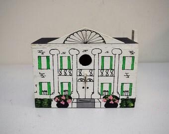 Vintage 1983 Berrybridge For The Birds Handmade Handpainted Birdhouse