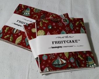 "Fruitcake charm pack 5"" squares - basic grey - precut - winter/holiday"