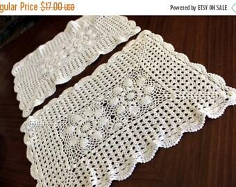 2 White Crochet Placemats, Matching Centerpiece Doilies, Vintage Crochet Table Linens 13672