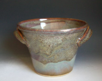 Hand thrown stoneware pottery serving soup bowl (SB-1)
