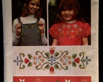 Embroidery transfer designs Simplicity floral 70's