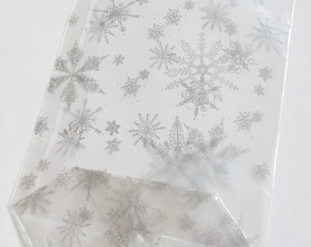 Christmas cello gift bags - elegant snowflake design - 14.5 x 23.5 cm - set of 10