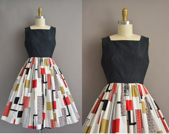 50s cotton patchwork print vintage dress / vintage 1950s dress