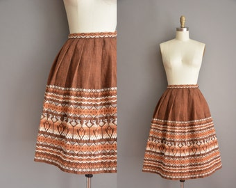 50s brown embroidered vintage skirt / vintage 1950s skirt