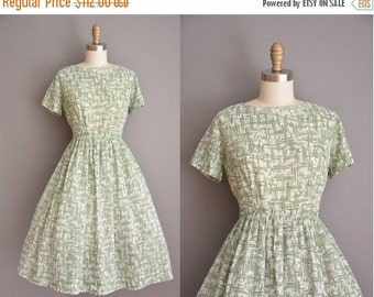 Anniversary SHOP SALE... vintage 1950s dress / green abstract print dress / 50s cotton dress
