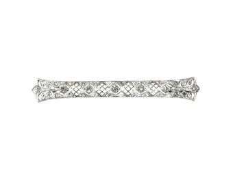 Edwardian diamond bridal wedding brooch 18 karat white gold 1.05ct old European cut diamonds
