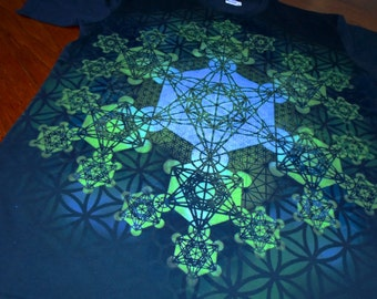 L  Metatron's Cube Fractal Mandala Hand Painted Sacred Geometry Chakra Tee w/ Flower of Life, Honeycomb