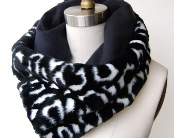 SALE! Faux Fur Cowl Black and White Leopard with Navy