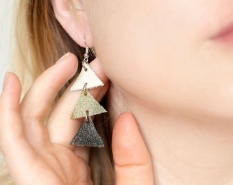 Arrow leather Triangle Dangle Earrings - olive green and cream
