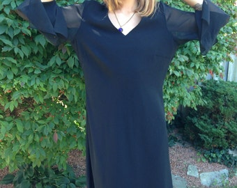 vintage plus size dress/80s black dress/loose fit/shift dress/sheer sleeves/plus figure