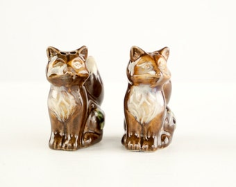 Brown Fox Vintage Salt And Pepper Shakers Holly Leaf Christmas Decoration