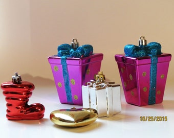 Lot of Christmas Ornaments for crafts