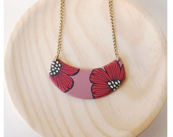 Red retro flower necklace