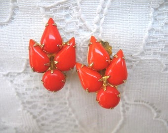 Vintage Rhinestone Earrings ~ Clip On ~ Bright Orange Rhinestones
