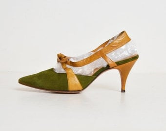 Vintage 50s Green Suede Slingbacks Pumps Chandler's / Cross Strap Pointed Toe Heels / Green Suede Leather Shoes 7