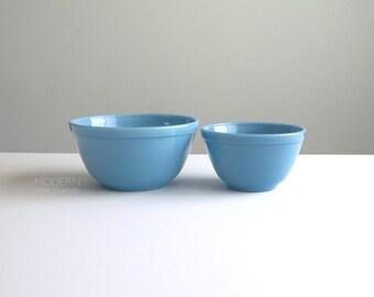 2 Vintage Pyrex Delphite Bluebelle Mixing Bowls