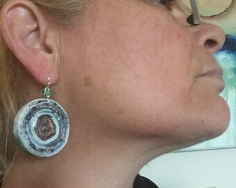 n. 36 BLUES & BROWNS Round Coiled paper recycled magazine EARRINGS with glass beads, measure 1.25