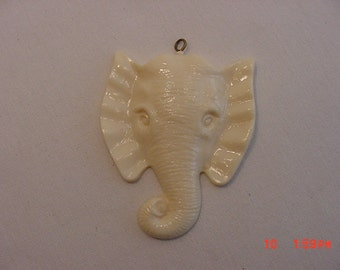 Vintage White Elephant Head Pendant   16 - 472