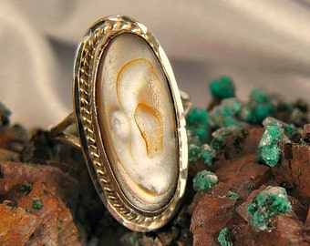 Vintage Mother of Pearl and Sterling Ring