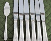 6 Vintage Wm Rogers Silverplate Dinner Knives Plus 1 Cheese Server Allure Pattern Circa 1930's