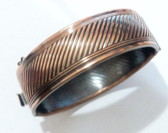1970s Copper Hinged Bangle
