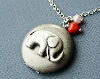 Elephant Locket Necklace, Elephant Photo Locket Jewelry,Elephant Pendant Necklace, Lucky Locket, Elephant Jewelry Necklace