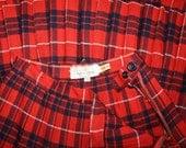 50% OFF SALE Red Plaid Pleated Wool Skirt . Vintage 1950s 1960s Highland Plaids Scotch High Waist Red Hamilton Tartan Kilt . Size Medium