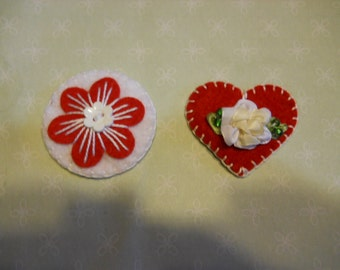 Felt Hair Clips Set of 2, White and Red, Red Heart with Ribbon Flower, Hair Fashion Accessories