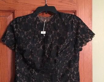 Vintage Black Lace Button Back Short Sleeve Blouse