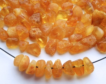 100pcs - Natural Baltic amber beads, raw,  honey amber,  7-8 mm at widest part (#106)