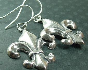 20% Off Sale Flower Earrings, Silver Fleur De Lis Earrings, French Jewelry, French Earrings, Fleur Earrings, Fleur de Lis Jewelry, Gift For