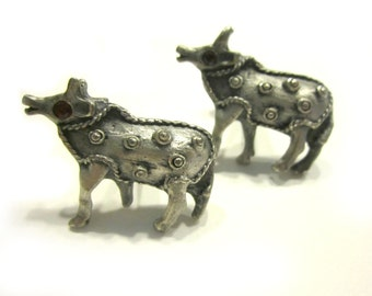 Silver Yak Red Rhinestone Cuff Links Silver Tone Horn Bull Gift for Men Cuff Link Set