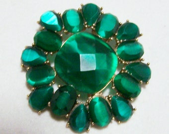 Monet Emerald Green Rhinestone Pin Translucent Gold Tone Setting 616DGZ