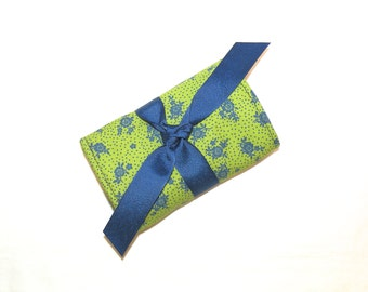 Jewelry Mini Roll In Green and Navy Floral Print
