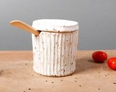 bowl with lid white danish speckled keramik grooved ceramics handmade by pollipots scandinavian studio pottery decor poterie kitchen