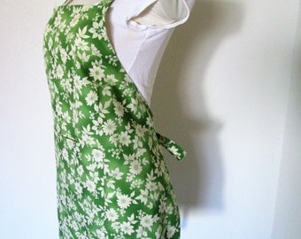 Full Bib Apron - A Pretty Apron Covered with Flowers on a brilliant Green, Great for cooking, baking, painting, or crafting