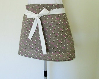 Half Apron - A charcoal Grey Boho Chic Print....with small leaves and a white strap-A great vendor or gardening apron, a cooks fun apron