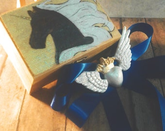READY TO SHIP, Woodburnt, Painted, Golden, Unicorn, Small, Jewelry, Keepsake, Box