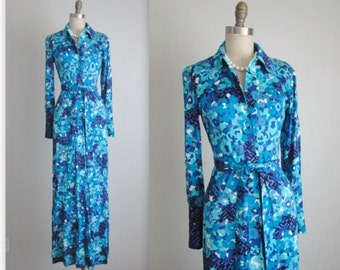 70's Saks Fifth Ave Dress // Vintage 1970's Saks Fifth Avenue Blue Abstract Print Shirtwaist Maxi Dress S M