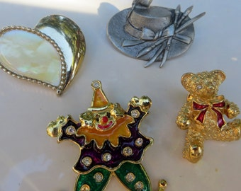 Four Figural Pins Vintage Tacs and Pins or Brooches Clown Heart Teddy Bear and a Pewter Hat and Bird with Paintbrushes
