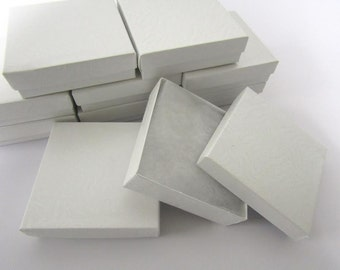 Pearl White Boxes - 20 count (3.5 x 3.5 x 1 in.) Cotton Filled Presentation Boxes